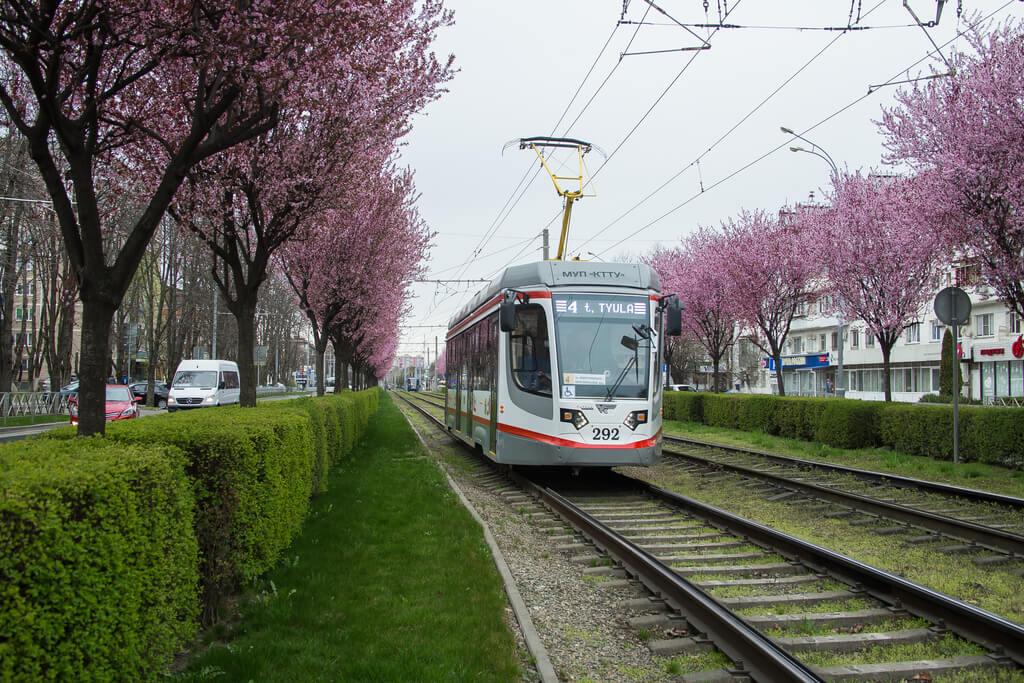 В Краснодаре трамвай №4 в течение трех дней будет раньше уходить в депо