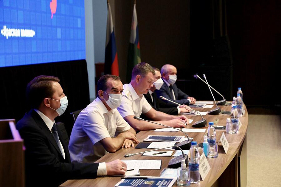 Вениамин Кондратьев: в Краснодарском крае с начала года снесли 170 самостроев