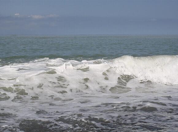 В Черном море на помощь украинскому судну направили российский ракетный катер