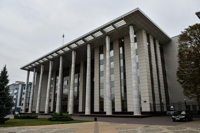 Краснодарский крайсуд рекомендовал Роскомнадзору ограничить работу сайта о ворах