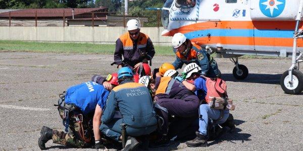 В Сочи один из двоих заблудившихся подростков сам вышел к спасателям