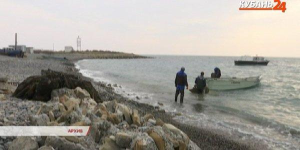 На Кубани до конца лета продолжит действовать запрет на ловлю креветок и мидий