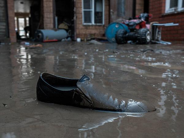 На Кубани остаются подтопленными 52 придомовые территории и 15 домов