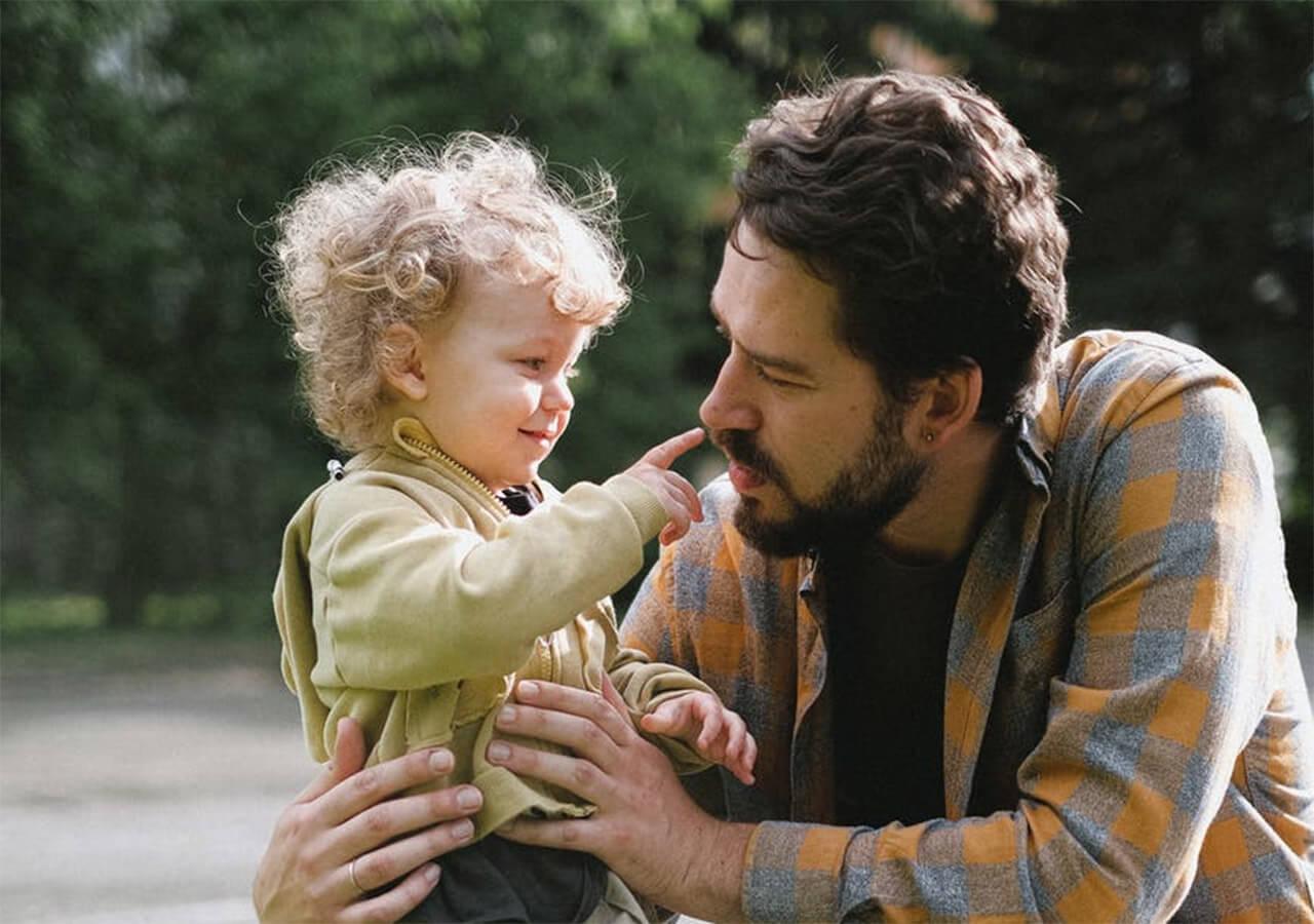 Минтруд РФ предложил отмечать День отца в третье воскресенье октября
