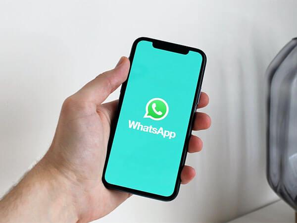 Роскомнадзор грозит Facebook, WhatsApp и Twitter новыми штрафами