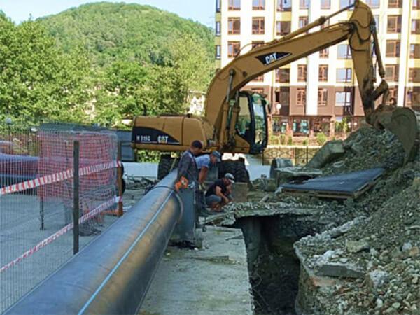 В Сочи завершают реконструкцию магистрального водовода в Лазаревском районе