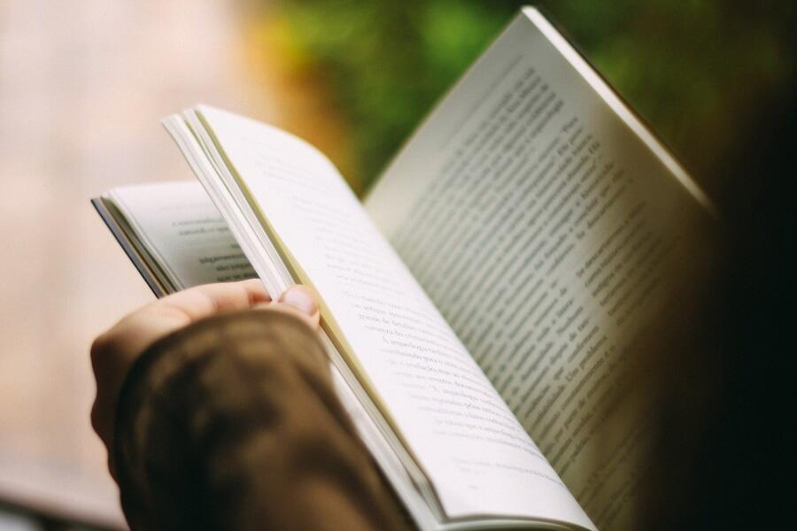 book-1149959_1280