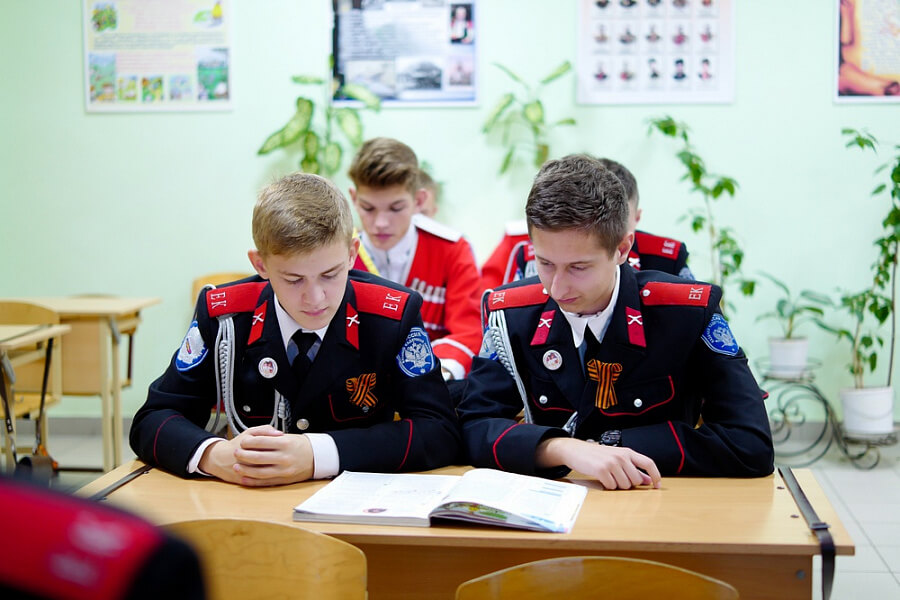 Казачьи кадетские корпуса Кубани набрали около 300 учеников в 7 и 10 классы
