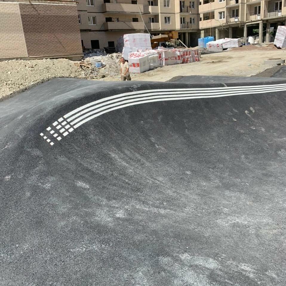 В Новороссийске во дворе многоэтажки построят роллердром