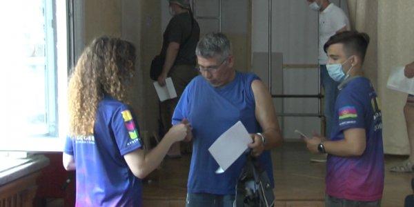 На Кубани ежедневно работают 300 активистов акции «Привит от COVID»