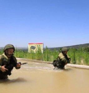 В Новороссийске десантники закончили учения на полигоне Раевский