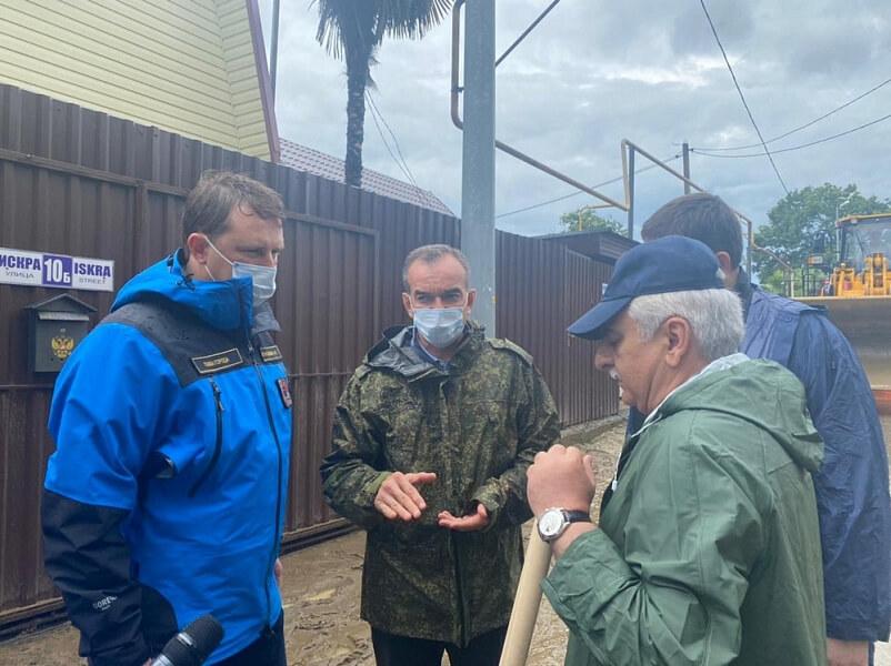 Кондратьев: первостепенная задача – оказание помощи жителям пострадавших домов