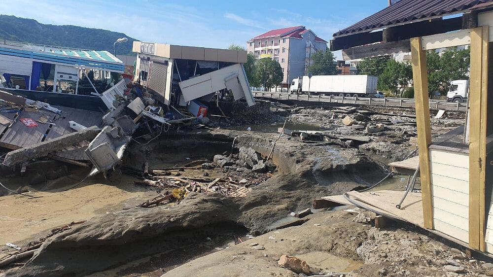 В Туапсинском районе 17 комиссий оценивают нанесенный подтоплениями ущерб