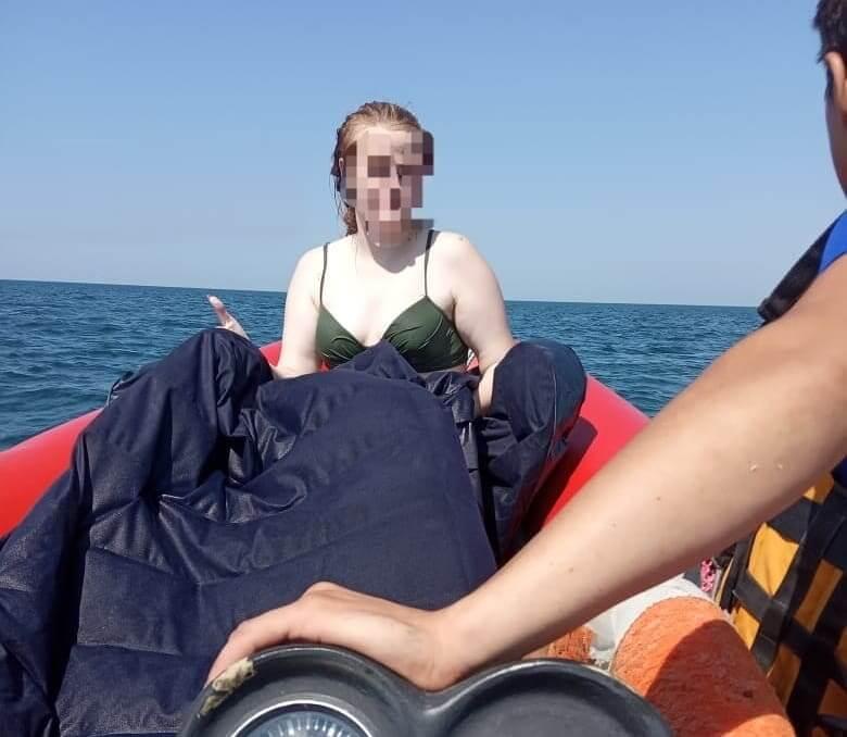 В Анапе отдыхающих на надувном матрасе унесло в море на 1,5 км