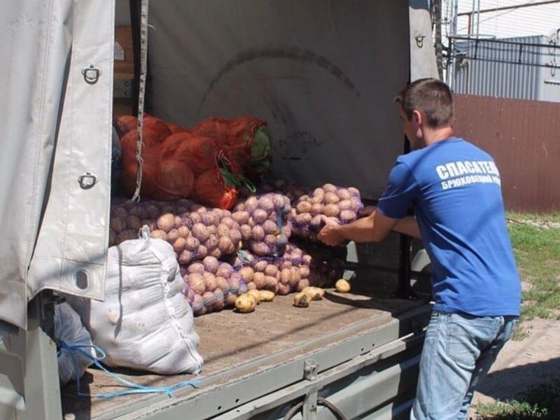 В Туапсинский район передали более 30 тонн гуманитарной помощи для подтопленцев