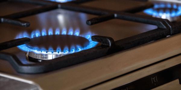 В Апшеронске хозяин дома поменял газовый нагреватель и оставил соседей без газа