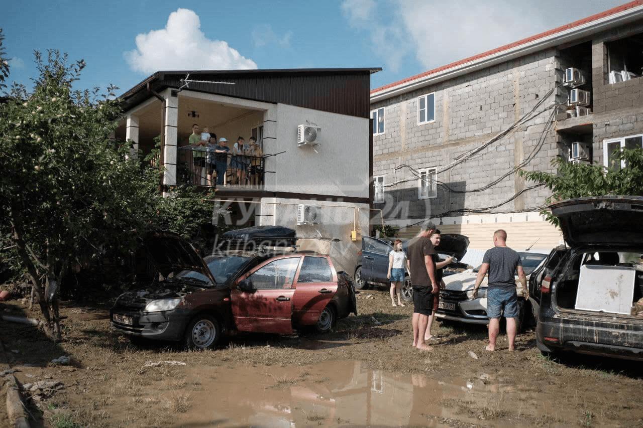 На Кубани ликвидируют последствия стихии. Что известно на данный момент