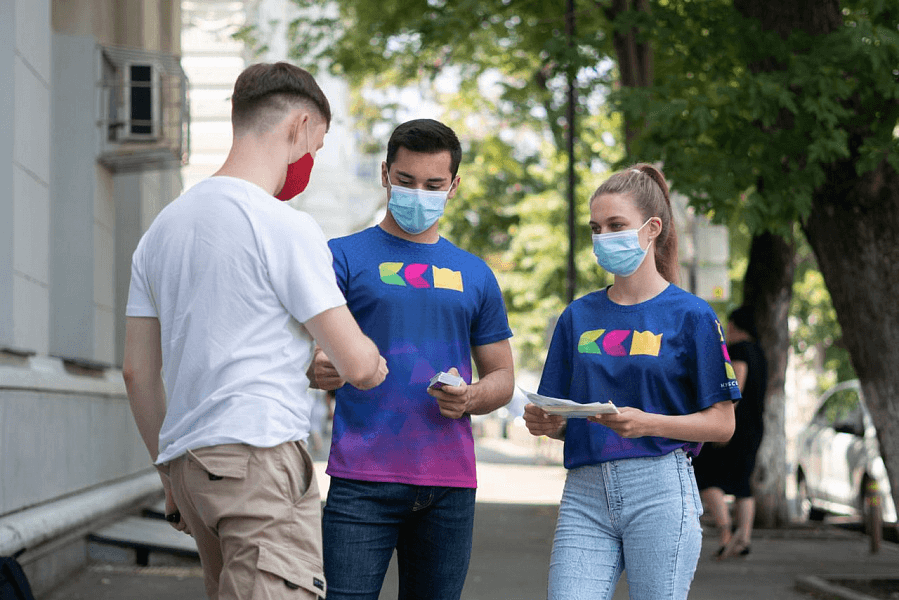 Более 17 тыс. жителей Кубани приняли участие в акции «Привит от COVID»
