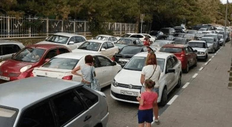 Под Новороссийском хотят построить муниципальную платную парковку на 1 тыс. мест