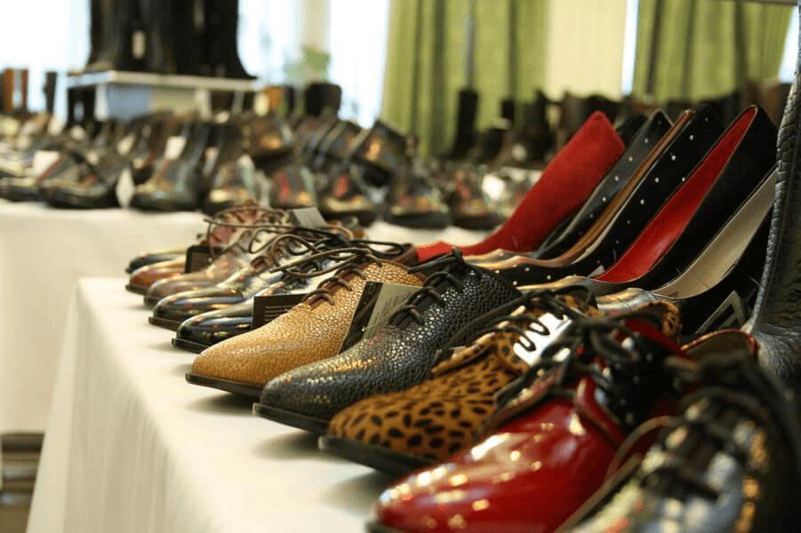 Россиян предупредили о росте цен на одежду и обувь до 20%