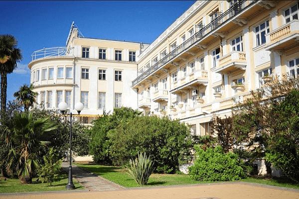 В Сочи в реконструкцию гостиницы «Приморская» инвестировали около 21 млрд рублей