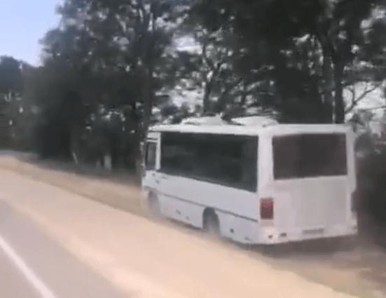 В Анапе привлекли к ответственности маршрутчика, объезжавшего пробку по обочине