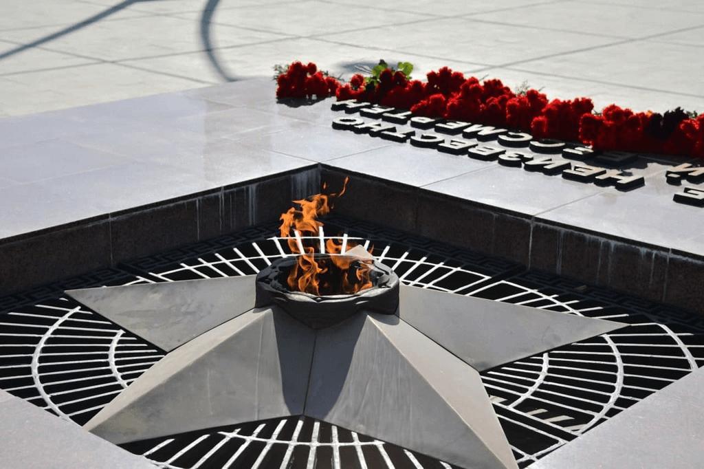 В Краснодаре в День ВДВ для десантников организуют церемонию возложения цветов