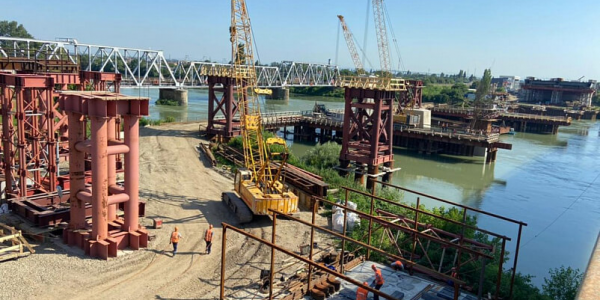 Новый Яблоновский мост планируют сдать на год раньше — в 2023 году