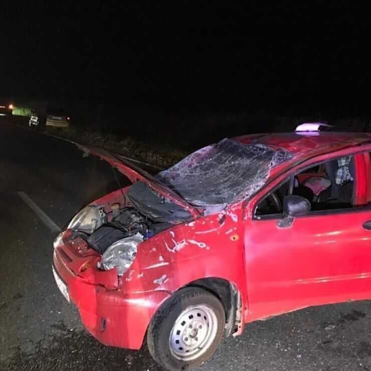 На Кубани Matiz съехал с трассы и перевернулся, погиб 10-месячный младенец