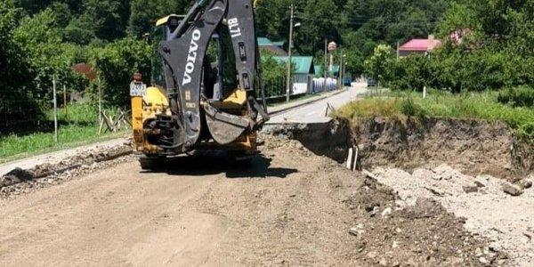 В Туапсинском районе восстановили разрушенную стихией дорогу