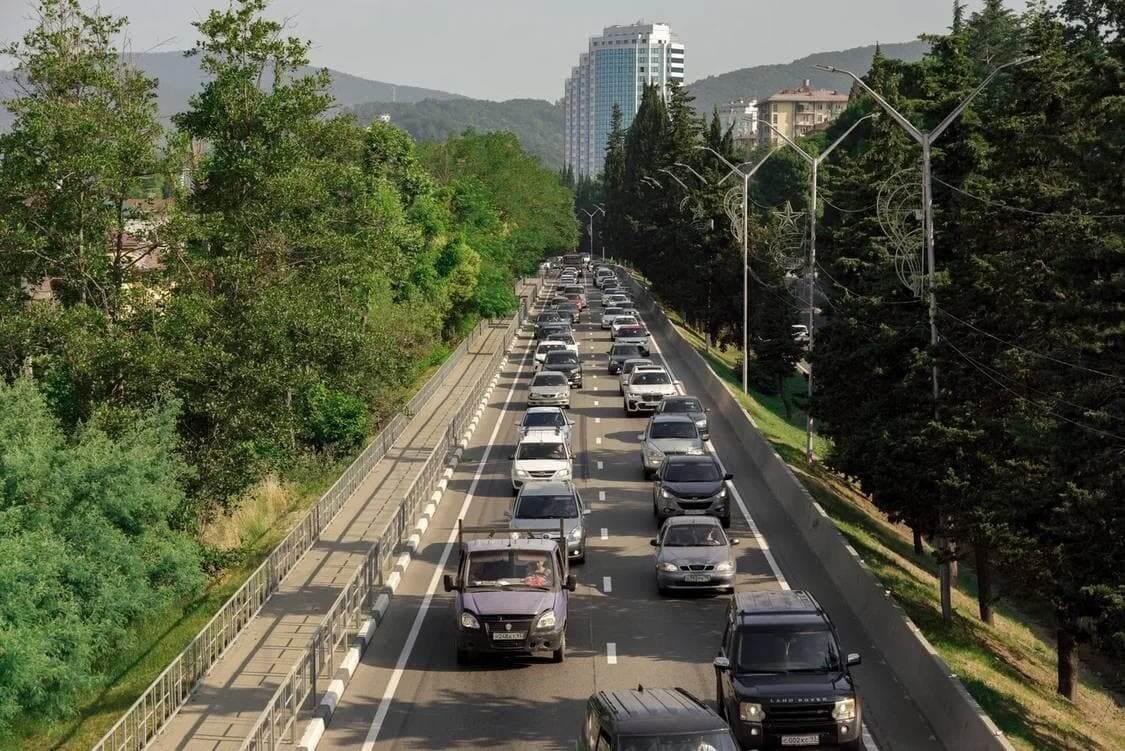 В Сочи планируют построить дублер дороги на Красную Поляну