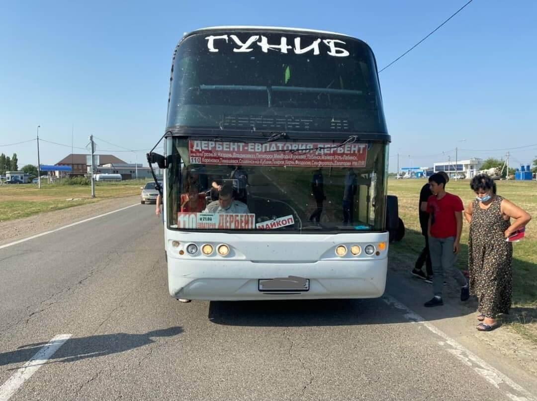 В Тимашевске рейсовый автобус из Дагестана сбил велосипедистку