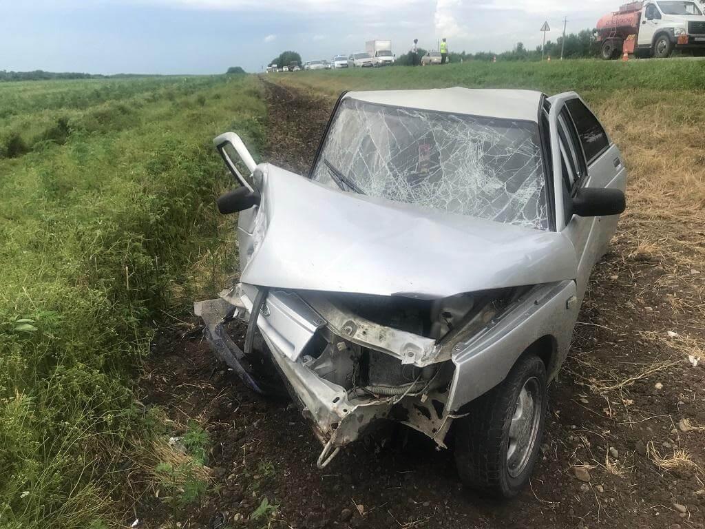 В Каневском районе в ДТП пострадали пять человек