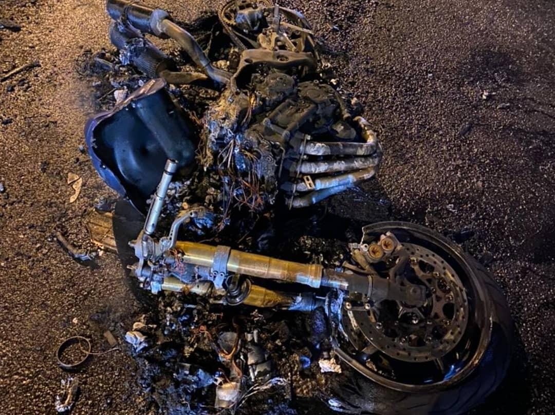В Анапе на трассе загорелся мотоцикл, водитель пострадал