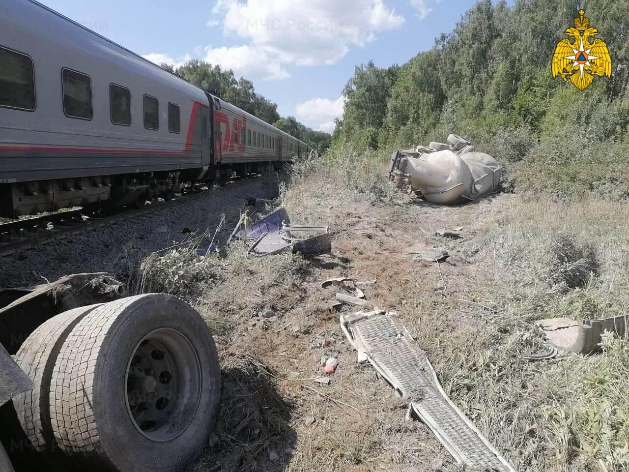 МЖД: причиной аварии с поездом под Калугой стало грубое нарушение ПДД