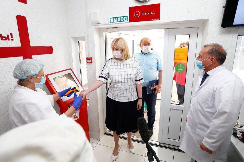 Анна Минькова: для достижения общего COVID-иммунитета нужно привить 80% взрослых