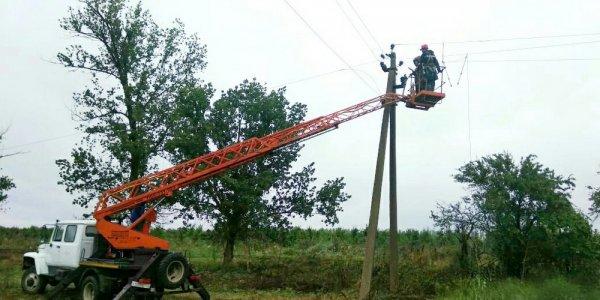 В Ейском районе восстановили нарушенное непогодой энергоснабжение