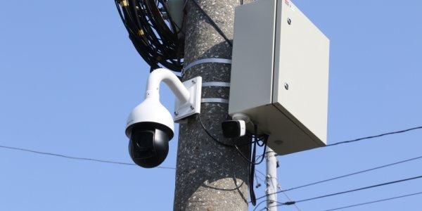 В двух школах Краснодара установили «умные» камеры