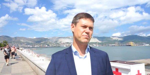 Кандидат в депутаты Сергей Алтухов встретился с новороссийскими рабочими