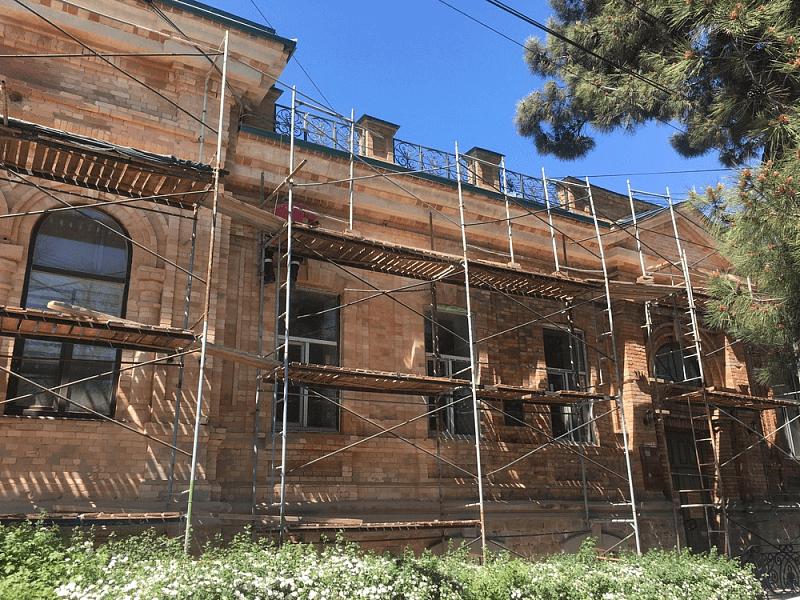 В Новороссийске начали реставрацию памятника архитектуры конца XIX века