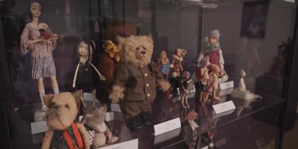 В Новороссийске открылась выставка кукол из фарфора, дерева и текстиля