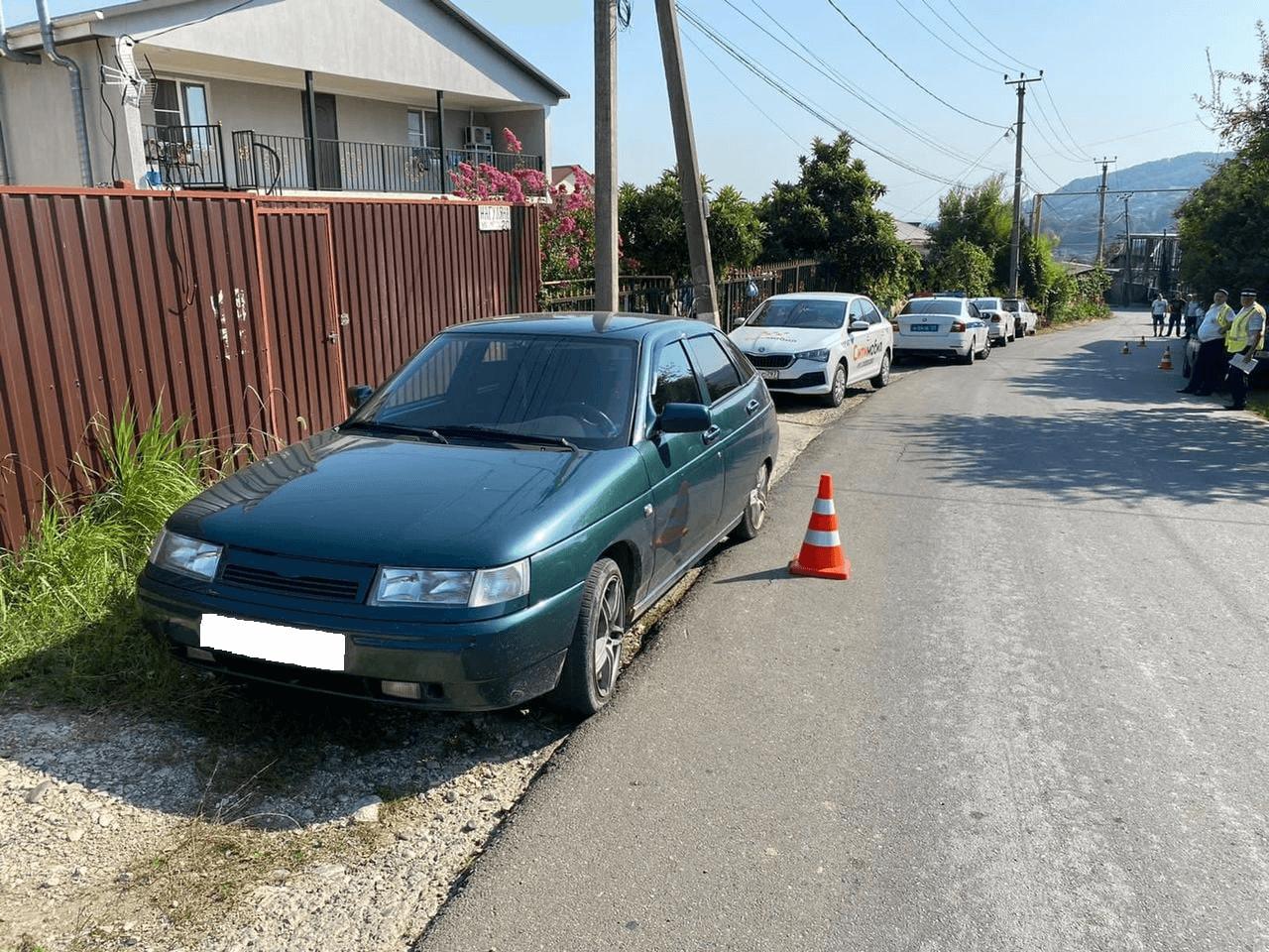В Сочи водитель легковушки сбил ребенка, выбежавшего на проезжую часть