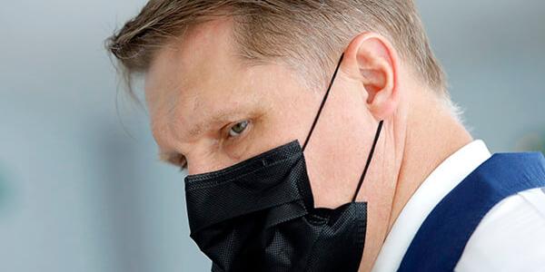 Мурашко предупредил о высоком риске смерти в течение полугода после COVID-19