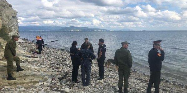 В Новороссийске поисковики нашли на диком пляже немецкую авиабомбу