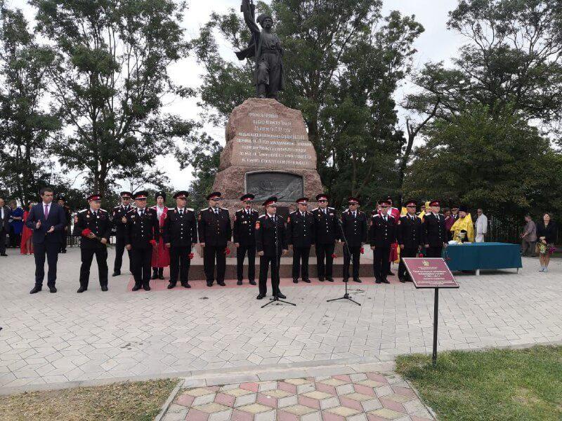 В Темрюкском районе отметили годовщину высадки черноморских казаков на Тамань