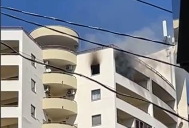 В Сочи произошел пожар в 18-этажном жилом доме, жильцов эвакуируют