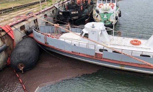 В порту Темрюка произошел разлив нефти