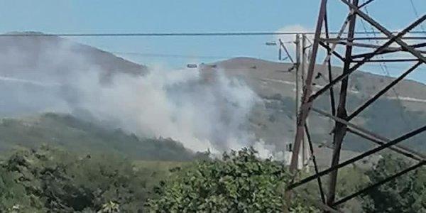 В Новороссийске произошел лесной пожар на склоне Лысой горы