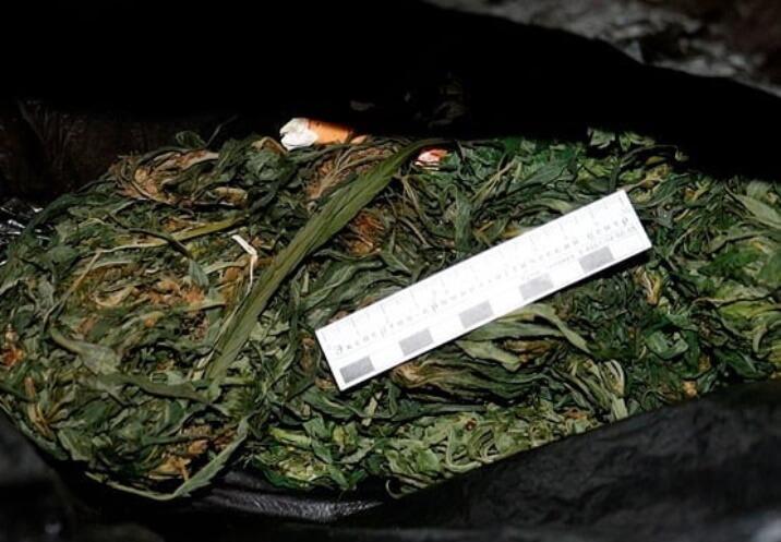 В Анапе наркодилер получил 11 лет колонии за хранение мефедрона и марихуанны