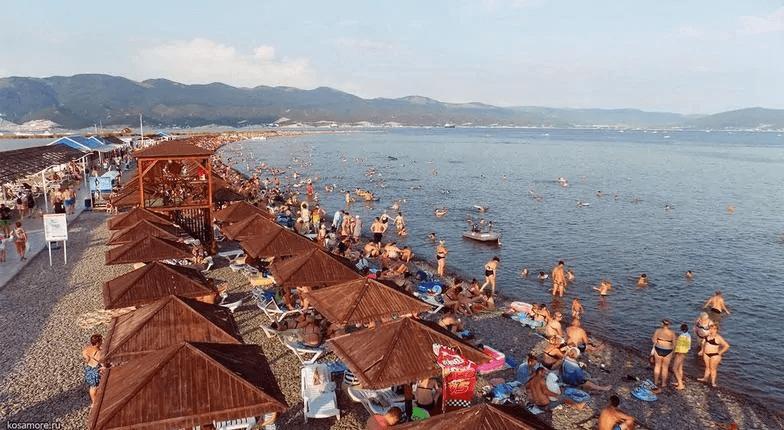 Роспотребнадзор запретил купаться на двух пляжах Новороссийска